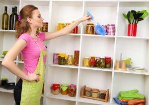 3 εύκολοι τρόποι για να ξεβουλώσετε τον νεροχύτη και τον νιπτήρα μόνοι σας